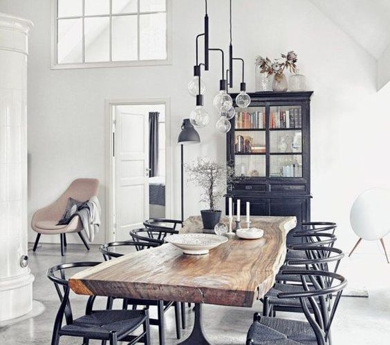 WOODEN TABLE PROPOSALS FOR NATURAL TOUCHES IN THE DINING ROOM
