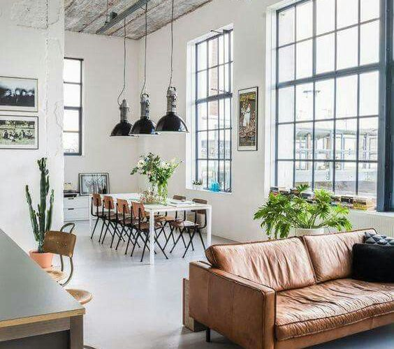 HIGH-CEILING HOME DECORATION IDEAS FOR A DEEP BREATH