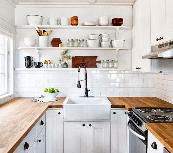 INTIMATE AND ELEGANT WOODEN KITCHEN COUNTERTOPS