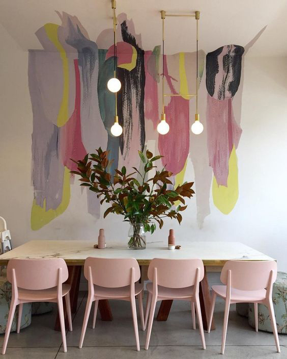 Neutral traditional dining room designs in pastels
