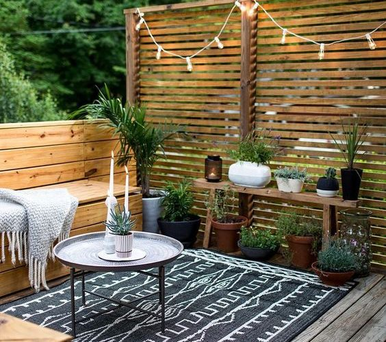 SUMMER PREPARATION: PATIO LANDSCAPE ORGANIZATION